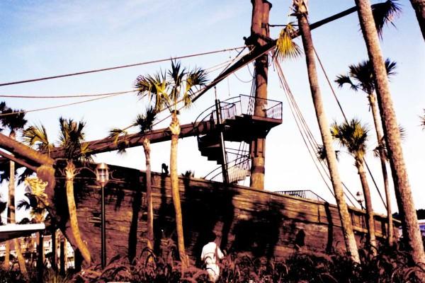 shipwreck - Disney